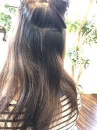 髪をおろしたいんですがくせ毛で広がるから困ってます 本物の天然100