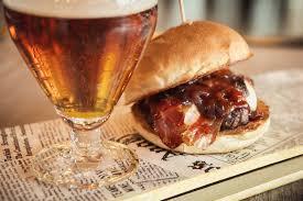 Risultati immagini per birra hamburger