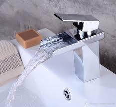 Großhandel Badezimmer Wasserfall Wasserhahn Einzigen Handgriff