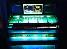 1960s jukebox modernized with an arduino mega