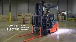 Toyota 3-Wheel Electric Forklift Official Video - YouTube