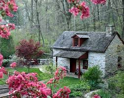 Small Picture 208 best Small Cottages Cabins images on Pinterest Homes