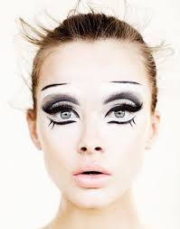 8 terrifyingly gorgeous looks you have to see to believe