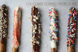 crock pot chocolate covered pretzel rods