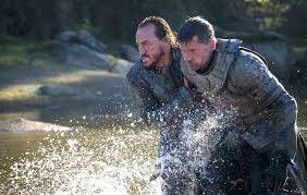 jerome flynn as bronn and nikolaj coster waldau as jaime lannister in game of thrones season 7 5 easch