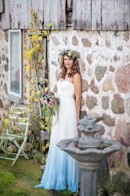 diy ombre dye wedding gown dipped wedding dress ideas dip dye dresses on romantic tie dye