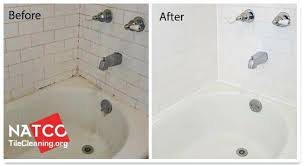 how to get stains out of bathtub before and after cleaning a bathtub fiberglass bathtub stain how to get stains out of bathtub cleaning