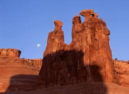 moonrise three gossips arches national park utah mf jpg