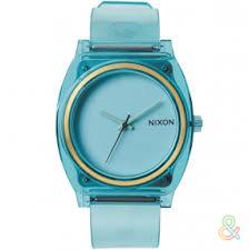 <b>Часы Nixon</b>