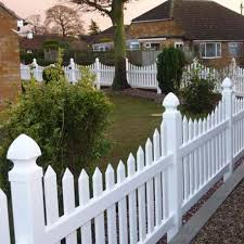 Scalloped vinyl picket fence Illusions Pack Of Vinyl Scalloped Picket Fencing 6ft Wide Panel 48 The Dressage Arena Company Vinyl Picket Fencing 6ft Wide Panel 36