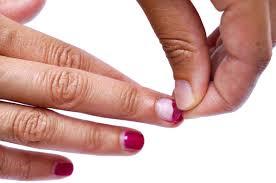 Afbeeldingsresultaat voor gellak afpellen met nagels