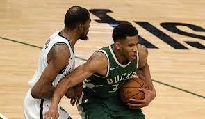 NBA: Giannis Antetokounmpo führt ...