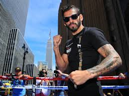 Nyc Quotes Amazing Media Workout Notes Quotes Lomachenko And Linares Hit The Streets