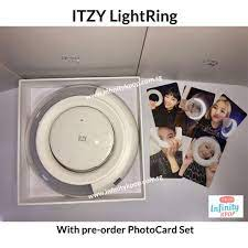 ITZY Light Ring lightring lightstick, Entertainment, K-Wave on Carousell