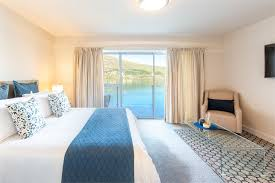 new zealand holiday homes baches and