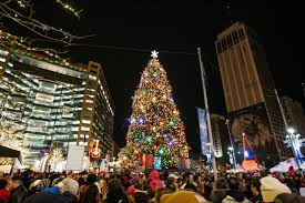 Campus Martius Christmas Tree Lighting 2017 Detroits Tree Lighting Kicks Off Downtown Holiday