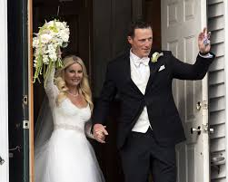 Dion Phaneuf and Elisha Cuthbert tie knot in P.E.I.: DiManno   The Star