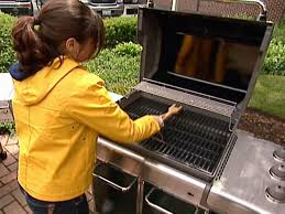 maintaining a gas grill