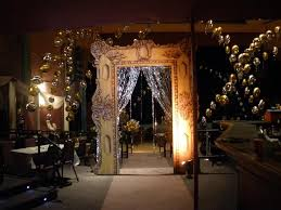 Decorations For A Masquerade Ball