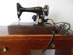 Singer Sewing Machine Model 99k