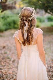 17 Gorgeous Half Up Half Down Wedding Hairstyles Onefabdaycom