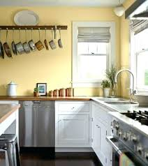 yellow kitchen walls yellow paint colors for kitchen best yellow kitchen walls ideas on yellow kitchens