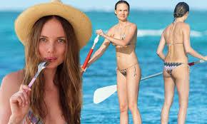 Alicia Rountree wears a barely-there bikini at home in Mauritius ...