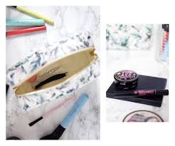so tell me what s in your makeup bag is yours as full mine fell free
