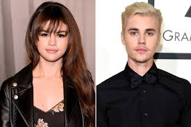 Selena Gomez Hangs With Friends In Nyc After Ex Justin Biebers
