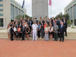 Students lay wreaths at Australia-American Memorial | MSUToday ...