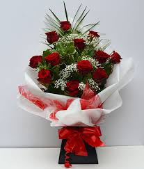 simply flowers hand tied roses selection