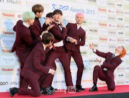 Picture Media Bts At The 5th Gaon Chart K Pop Awards Red