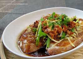 steamed fish with fermented bean paste 豆瓣酱蒸鱼