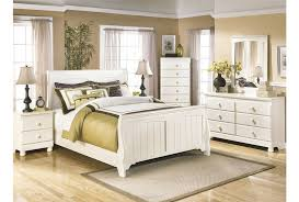 bedroom large size lovely living spaces bedroom sets 5 apple green walls room bedroom bedroom large size living
