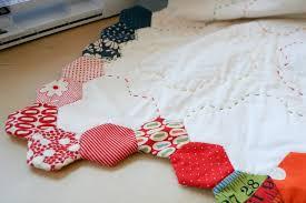 Finishing Your Hexagon Quilts Tutorial   badskirt &  Adamdwight.com