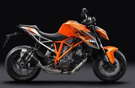 ktm officially unveils 1290 superduke r 180 hp in a lightweight