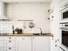Lekker Clean Een Licht Appartement Met Houten Accenten Roomed