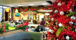 Image Christmas Tree Serumpunsastracom Office Christmas Decorating Themes Serumpunsastracom