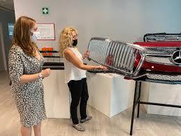 L'assessore Elena Donazzan visita la Cromaplast di Valdagno -