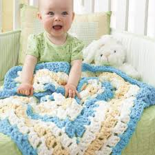 Yarnspirations Patterns Amazing Bernat From The Middle Baby Blanket Pattern Yarnspirations
