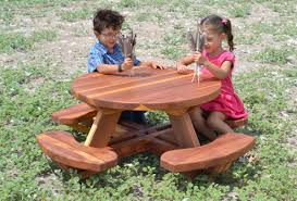 toddler s round picnic table redwood no umbrella hole standard tabletop no ada