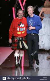 Designer Mickey Mouse Alexander Mcqueen Paris Ready To Wear Spring Summer Fashion