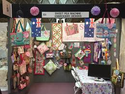 SWEET PEA IS COMING TO USA……..FIRST STOP HOUSTON 2015 ... & Sweet Pea at Festival of Quilts, Birmingham UK , July 2015 Adamdwight.com