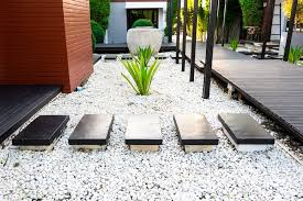 using pebbles for home decoration