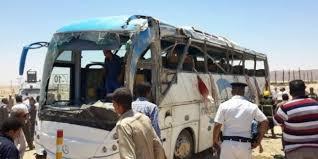 المنيا - هجوم دامي على ثلاث حافلات تقل اقباط نفذه مسلحون