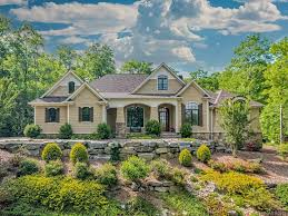 97 High Fields Ct, Hendersonville, NC 28791 - realtor.com®