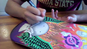 Painting A Skateboard With Posca Paint Pens - YouTube
