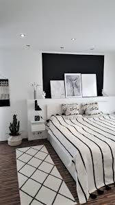 Auch hohle hocker mit abnehmbarem deckel fallen in. Schlafzimmer Neue Tagesdecke Skandinavisch Wohnen Wohn Schlafzimmer Schlafzimmer Einrichten Innenarchitektur
