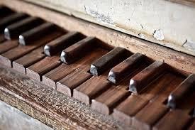 Resultado de imagen para pianos viejos