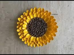 pinecone sunflower diy centerpiece wall art decor on diy sunflower wall art with pinecone sunflower diy centerpiece wall art decor youtube